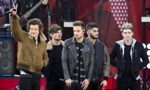 Daily Show Zayn Malik-One Direction Joke Angers Fans; And Claim The Daily Show, Jon Stewart Have 'Gone too Far'
