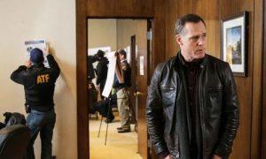 Chicago PD Season 1 Finale Spoilers: Disturbing Cliffhanger About Voight (+Air Date)