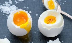 5 Reasons to Eat the Whole Egg