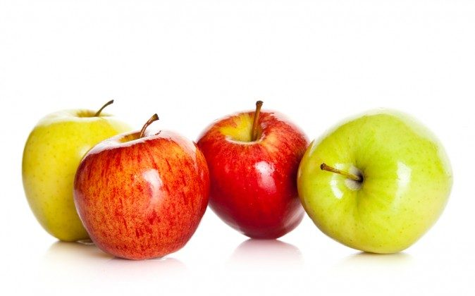 This commonly overlooked superfood protects the body from nuclear fallout, kills a wide range of cancers, and keeps the arteries unclogged -- to name but a few, experimentally confirmed ways in which the apple awakens your inner physician. (Shutterstock*)