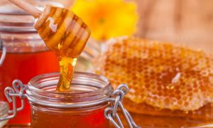 Why You Should Ditch Sugar in Favor of Honey