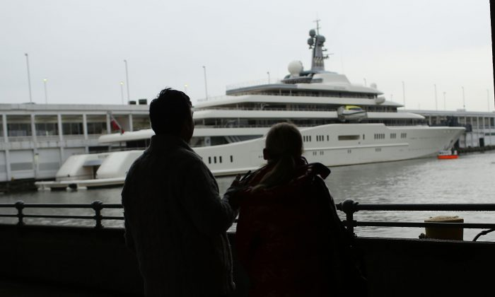 The Eclipse, reported to be the largest private yacht in the world, docked at a pier in New York on Feb. 19, 2013. The boat measures 557 feet in length and was estimated to cost $1.5 billion. (Spencer Platt/Getty Images)