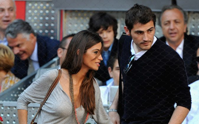 Sara Carbonero and Iker Casillas during the final match of the Mutua Madrilena Madrid Open Tennis on May 8, 2011 in Madrid, Spain. (Jasper Juinen/Getty Images)