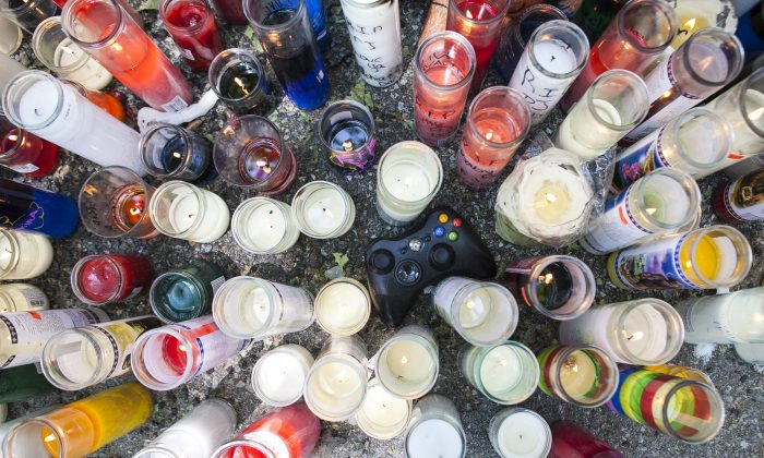 The vigil for Prince Joshua Avitto,6, stabbed to death on June 1, at the Boulevard Housing project in East New York on June 3, 2014. (Samira Bouaou/Epoch Times)