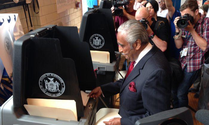 Congressman Charles Rangel cast his vote at a polling station in Harlem on June 24, 2014. (Ivan Pentchoukov/Epoch Times)