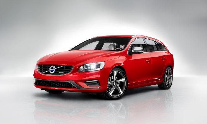 2015 Volvo V60 T5 (Courtesy of Volvo)