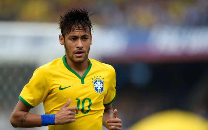 Neymar of Brazil in action during the International Friendly Match between Brazil and Serbia at Morumbi Stadium on June 06, 2014 in Sao Paulo, Brazil. (Buda Mendes/Getty Images)
