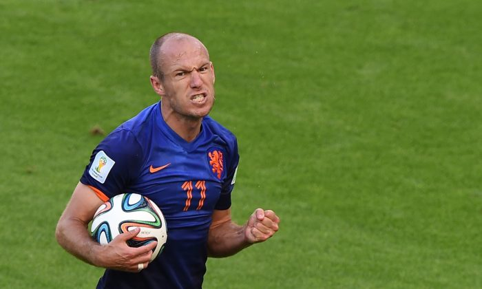 Netherlands' forward Arjen Robben reacts during a Group B football match between Australia and the Netherlands at the Beira-Rio Stadium in Porto Alegre during the 2014 FIFA World Cup on June 18, 2014. Netherlands won 3-2. (LUIS ACOSTA/AFP/Getty Images)