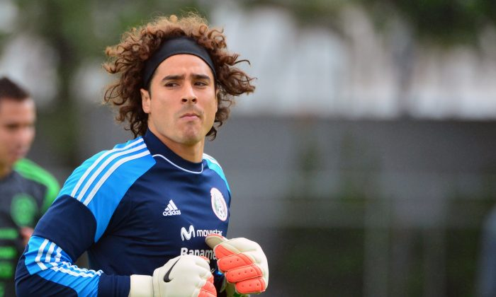 Mexico's goalkeeper Guillermo Ochoa take part in a training session at the Rei Pele Training Center in Santos, Sao Paulo, on June 20, 2014 during the 2014 FIFA World Cup in Brazil. (YURI CORTEZ/AFP/Getty Images)