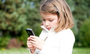 Why You Should Reduce Cellphone Radiation Risk for Children and How You Can