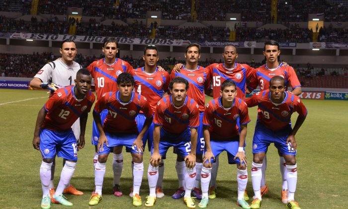 Costa Rican football team before a friendly match against Paraguay on March 5, 2014 in San Jose. (Back row, from Left to Right): Keylor Navas, Bryan Ruiz, Michael Umaña, Celso Borges, Junior Diaz, Giancarlo Gonzalez (Front row from Left to Right ) Joel Campbell, Yeltsin Tejeda, Esteban Granados, Chistian Gamboa, Cristopher Meneses. (AFP/Getty Images)