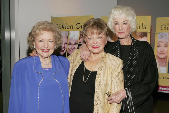 (L to R) Actresses Betty White, Rue McClanahan and Bea Arthur arrive for the DVD release party for 'The Golden Girls' the first season November 18, 2004 in Los Angeles, California. (Photo by Carlo Allegri/Getty Images)