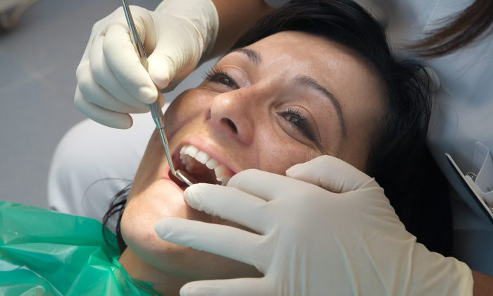 Dentist offices have taken effective precautions to ensure they can take care of dental emergencies amid the pandemic. (Jose manuel Gelpi diaz/thinkstock)