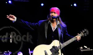 Bret Michaels' Childhood Home Was Just Destroyed by a Fire