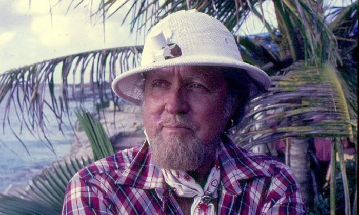 Captain Don Stewart landed on Bonaire in his sinking sailboat in 1962. Dutch authorities told him to make himself useful of leave. He died on Bonaire May 28, 2014, after 52 years of useful life on the island. (John Christopher Fine copyright 2014)