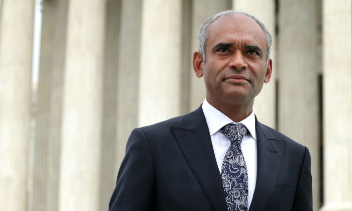 Aereo CEO Chet Kanojia leaves the U.S. Supreme Court after oral arguments in Washington, D.C. on April 22. The company temporarily suspended service on June 28. (Getty Images)