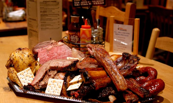 A platter of Hill Country 'cue (Courtesy of Hill Country Barbecue Market)