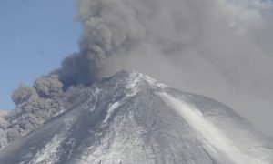 Alaska Volcano's New Eruption (Video)