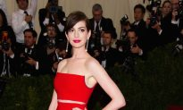 Anne Hathaway and Robert De Niro Start Shooting 'The Intern' in NYC