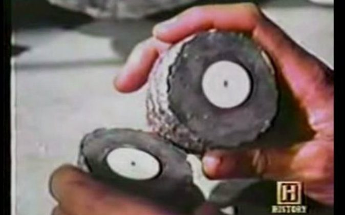 """The spark plug found in a formation in California in 1961, known as the Coso Artifact, as shown in a History Channel airing of Leonard Nimoy's TV program """"In Search Of ..."""" (Screenshot/YouTube)"""