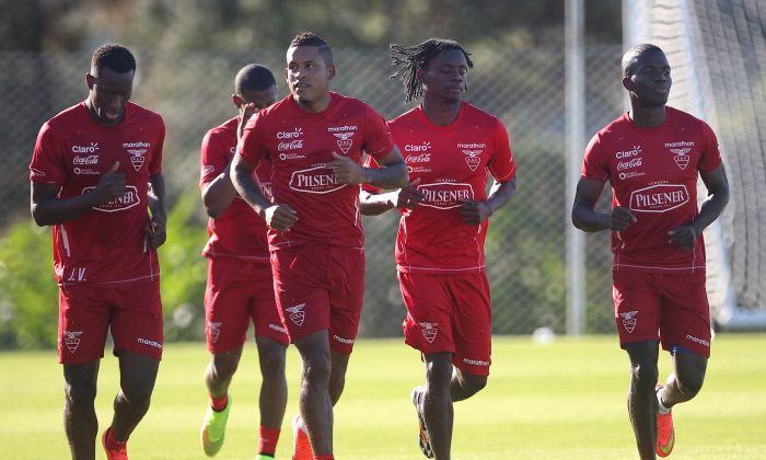 Members of the Ecuadorian national soccer team train in Porto Alegre, Brazil, Thursday, June 12, 2014. Ecuador will face France, Switzerland and Honduras in group E of the World Cup. (AP Photo/Nabor Goulart)
