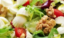 4 Tips for Eating Healthy at Work