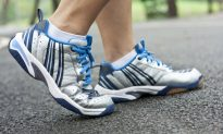 Daily Walks Can Treat Clogged Leg Arteries