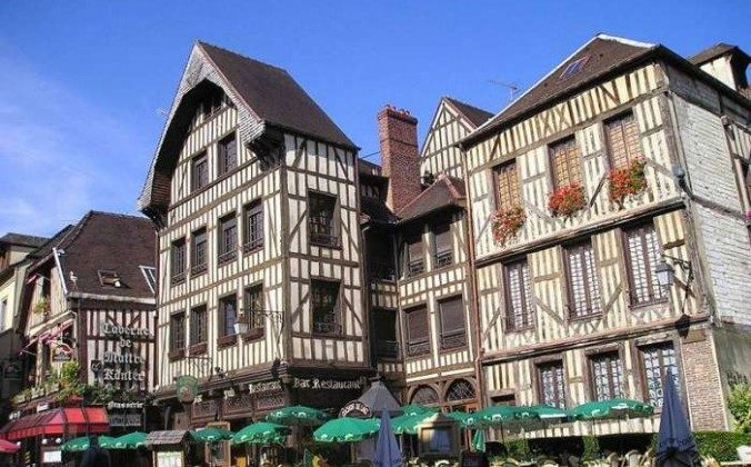 Troyes — Champagne's capital (The Travel Magazine)