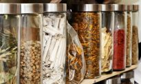 Can Chinese Herbal Medicine Treat Cancer? The Research Says Yes
