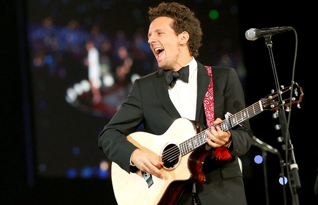 Jason Mraz will perform in all 5 boroughs. Photo Credit: Billboard.com