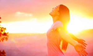 The Incredible Rewards of Waking Up Early — and How to Do It