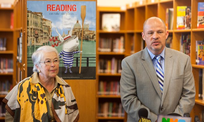 United Federation of Teachers President Michael Mulgrew (R) and New York City Department of Education Chancellor Carmen Fariña at a press conference at the Community Health Academy of the Heights in Washington Heights, N.Y., July 7, 2014. (Petr Svab/Epoch Times)