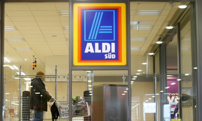 A shopper pushes a shopping cart in an Aldi store on April 8, 2013 in Ruesselsheim near Frankfurt, Germany.  (Ralph Orlowski/Getty Images)