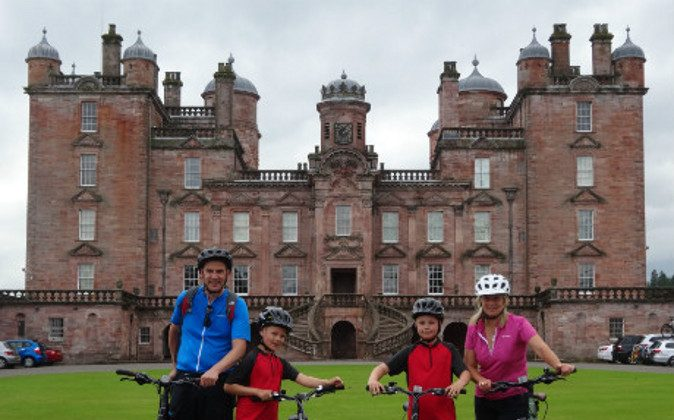 Drumlanrig-Castle (A Luxury Travel Blog)