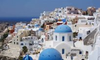 6 Reasons to Visit the Cyclades Islands in Greece