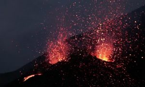 Mount Etna Spraying Lava Into the Sky (Video)