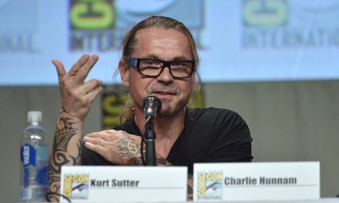 "Sons of Anarchy won't get made into a movie. A hoax article saying that creator Kurt Sutter will launch a film with Charlie Hunnam and Brad Pitt has gone viral. Writer Kurt Sutter attends the ""Sons of Anarchy"" panel on Day 4 of Comic-Con International on Sunday, July 27, 2014, in San Diego. (Richard Shotwell/Invision/AP)"
