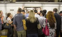 Advocates Urge New Yorkers to Support Transit Tax Breaks