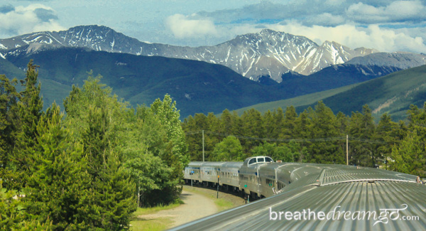 Train and Rockies (Brethedreamgo)