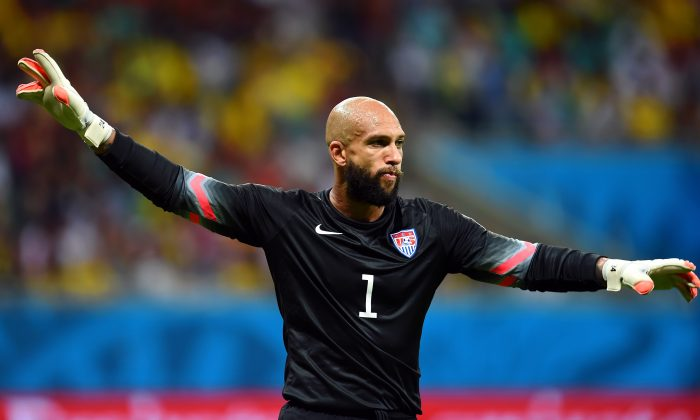 Tim Howard of the United States gestures during the 2014 FIFA World Cup Brazil Round of 16 match between Belgium and the United States at Arena Fonte Nova on July 1, 2014 in Salvador, Brazil. (Jamie McDonald/Getty Images)
