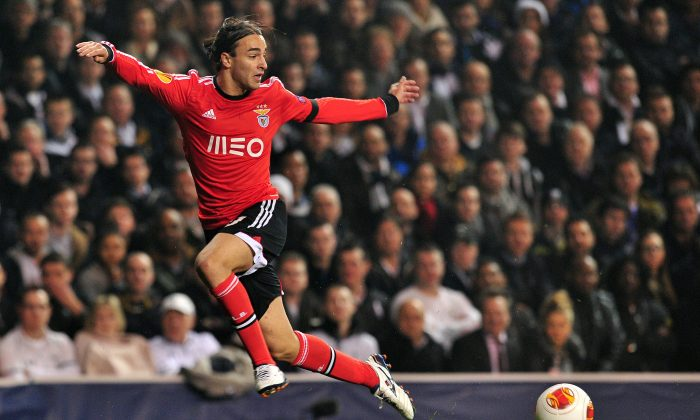 Benfica's Serbian striker Lazar Markovic in action during the UEFA Europa League round of 16 first leg football match between Tottenham Hotspur and Benfica at White Hart Lane in north London, on March 13, 2014. (GLYN KIRK/AFP/Getty Images)