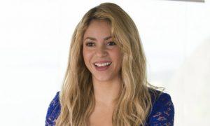 Shakira, Carlos Santana, Wyclef Jean Among Performers for 2014 World Cup Closing Ceremony (+La La La [Brazil 2014], Dar um Jeito Music Video)