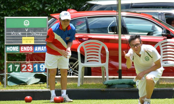 Hong Kong international Stanley Lai (left) is one step closer to repeating his 2011 victory after defeating Kevin Fung from Craigengower Cricket Club in the quarter-finals of the Nong's National Singles. Lai will play CY Yu from Filipino Club in the semi-finals this Sunday July 6, 2014, at the Finals Day. (Stephanie Worth)