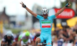 Nibali Seizes Yellow in Tour de France Stage Two