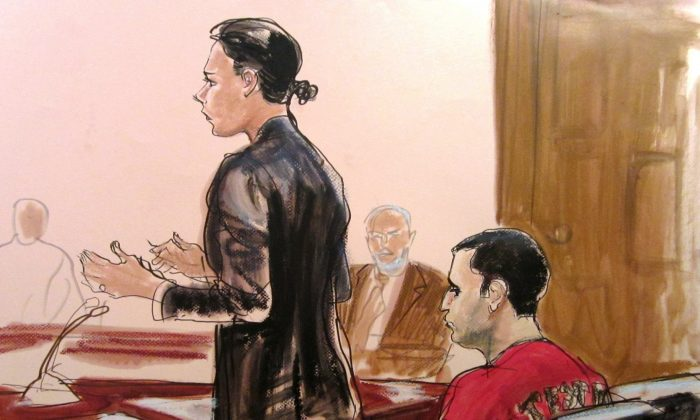 Federal defender Julia Gatto requests bail for her client, New York City police Officer Gilberto Valle, right, at Manhattan Federal Court in New York in this courtroom drawing, Oct. 25, 2012. (AP Photo/Elizabeth Williams, File)