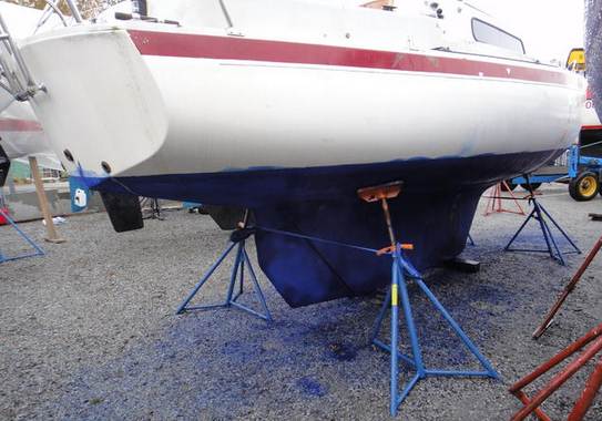 Boat maintenance on land leads to serious environmental consequences, according to a Swedish report. (Britta Eklund)