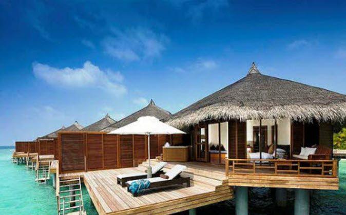 Watter-villa (A Luxury Travel Blog)