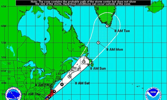 The National Weather Service and NOAA tracking for Hurricane Arthur.. (NOAA.com)