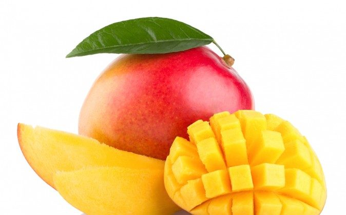 Mango fruit (Shutterstock*)