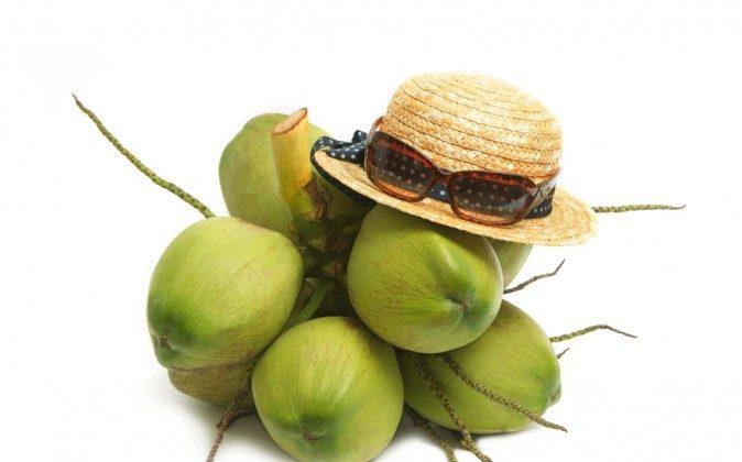 Coconuts (Shutterstock*)